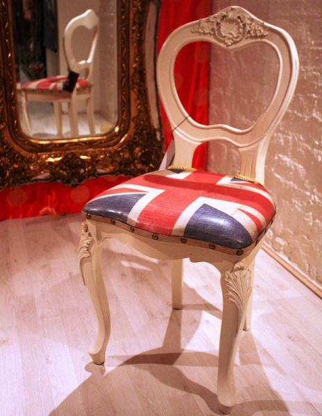 844885-original_union_jack_chair[1]