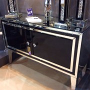 manhattan-black-gloss--mirrored-diamante-2-door-cabinet28649
