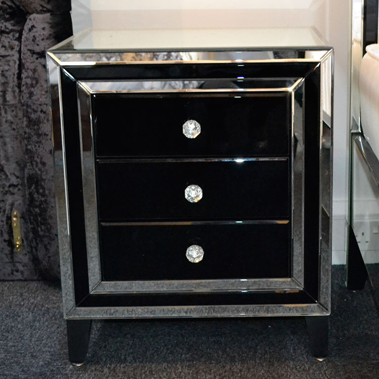 Black And Clear 3 Drawer Bedside Table Black Manhattan Mirror 3
